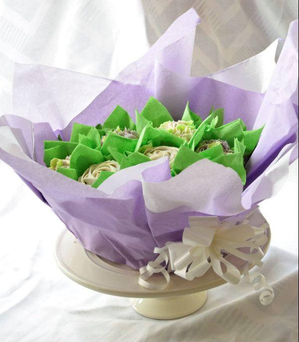 Gorgeous lilac floral cupcake bouquet